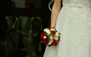 Nettoyer et conserver sa robe de mariée après son mariage à Cugnaux