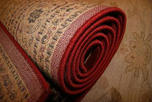 Comment nettoyer un tapis envahi par les acariens à Cugnaux